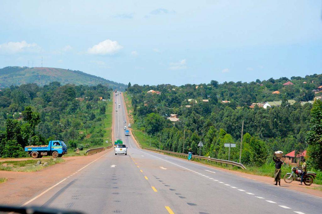 Rwanda Uganda Route to Bwindi Road